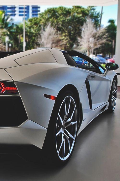 location voiture tours luxe auto sport. Black Bedroom Furniture Sets. Home Design Ideas