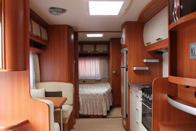 interieur caravane hobby auto sport. Black Bedroom Furniture Sets. Home Design Ideas