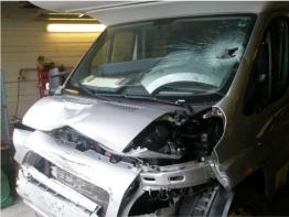 camping car accident a vendre auto sport. Black Bedroom Furniture Sets. Home Design Ideas