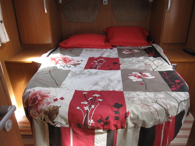 Camping car occasion avec lit central auto sport - Camping car occasion lit central particulier ...