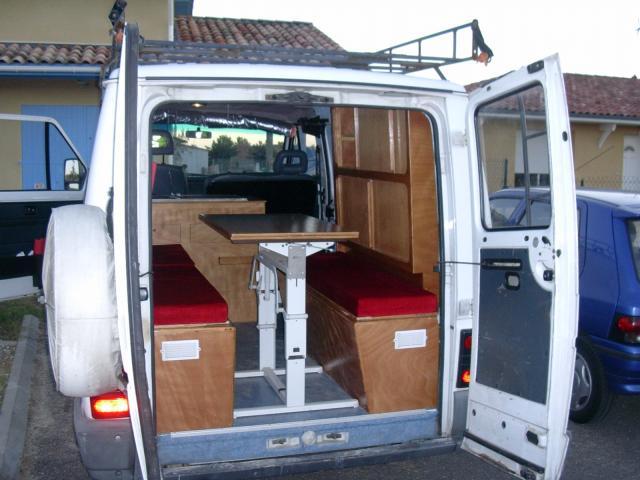 amenagement fourgon trafic auto sport. Black Bedroom Furniture Sets. Home Design Ideas
