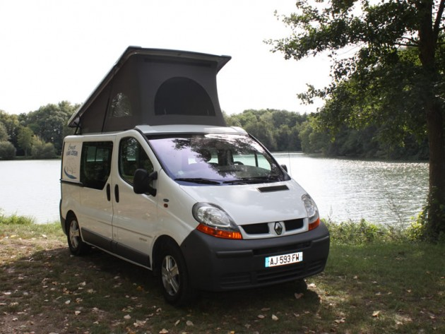 amenagement vehicule utilitaire camping car auto sport. Black Bedroom Furniture Sets. Home Design Ideas