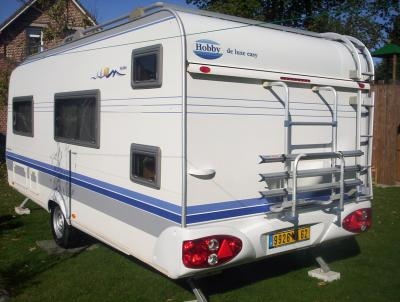 caravane hobby 6 places auto sport. Black Bedroom Furniture Sets. Home Design Ideas